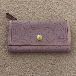 Coach Signature Leather Continental Wallet
